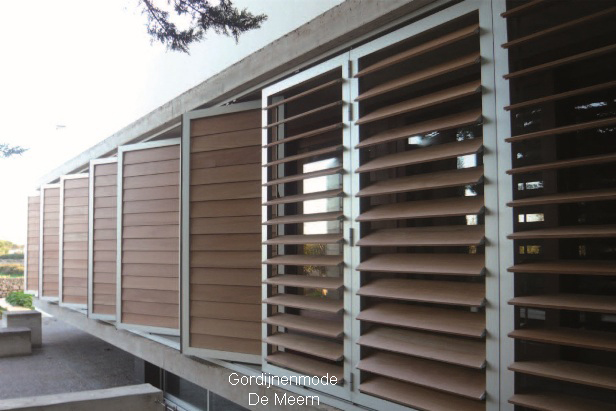 shutters gordijnenmode leidsche rijn gordijnenmode. Black Bedroom Furniture Sets. Home Design Ideas